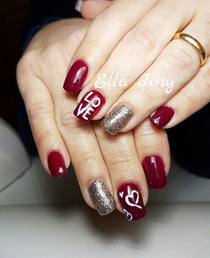 Unghie quadrate, nail art, rosse, love, glitter