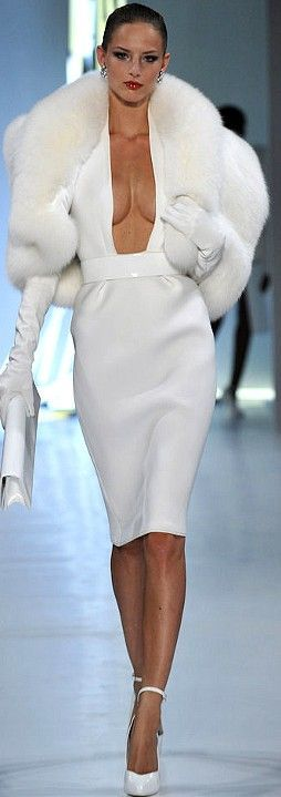"""Alexandre Vauthier . A """" boat neck"""" would be better for me"""