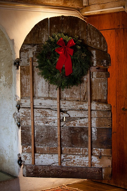 Barn Door Beautiful Barn Christmas Pinterest