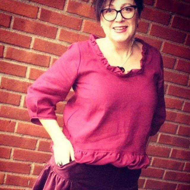 Lovely bloouse Lilly in linen & skirt Linn made in wondeful velvet ❤️