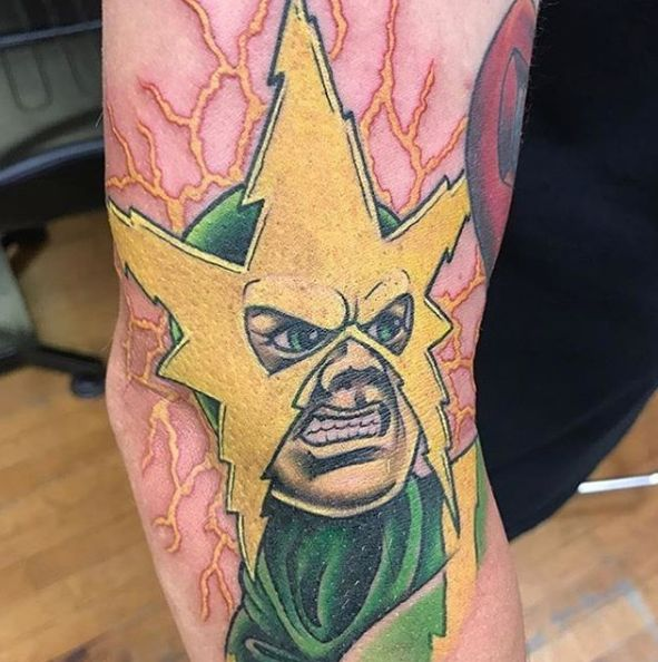 olio.tattoo Comic Tattoo by Jason from Revolt Tattoos - Las Vegas, NV #comic -- More at: https://olio.tattoo/tattoo-images/mentions:comic