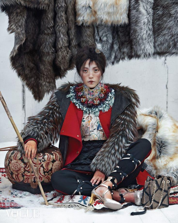 Jin Jung Sun, Seon Hwang, Jung Ho Yeon by Kim Sang Gon for Vogue Korea Dec 2015