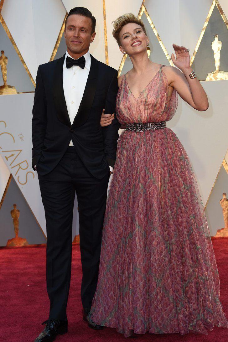 You've Definitely Seen Scarlett Johansson's Oscars Date Before