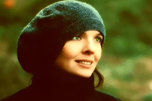 Diane Keaton in 'Reds.' Big knit hats, gorgeous coats.