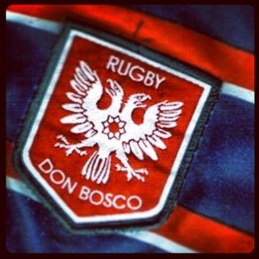 Escudo sobre la camiseta del Ateneo C. y D. DON BOSCO