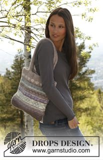 """Felted DROPS bag with pattern borders in """"Eskimo"""". ~ DROPS Design"""