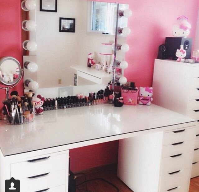 diy makeup vanity storage organization ideas. Black Bedroom Furniture Sets. Home Design Ideas