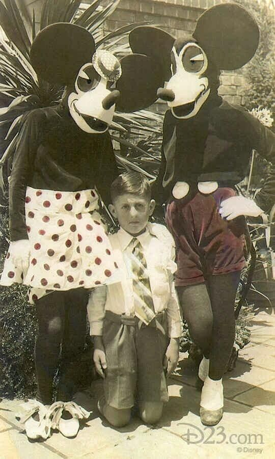 Minnie and Mickie Mouse - 1930s... scary by today's standards  :O
