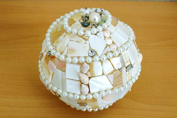 Tischlampe Lampe Unikat Mosaiklampe indirekte Beleuchtung #mosaic #lighting #shells #nautical #LonasART