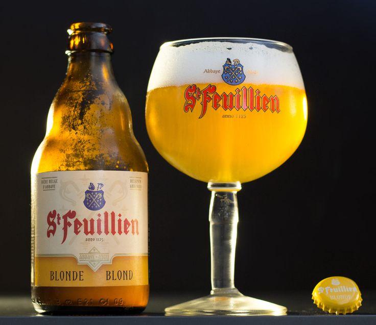"""St Feuillien Blonde (Belgique) - grâce à """"Une petite mousse"""" - Egalement sur http://photodebiere.com"""