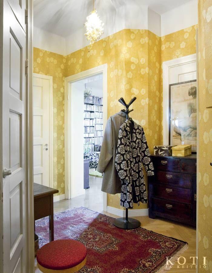 Pehmeästi puettu kulttuurikoti | Koti ja keittiö |  Kuvaussuunnittelu Mia Lundberg | Kuva Kirsi-Marja Savola