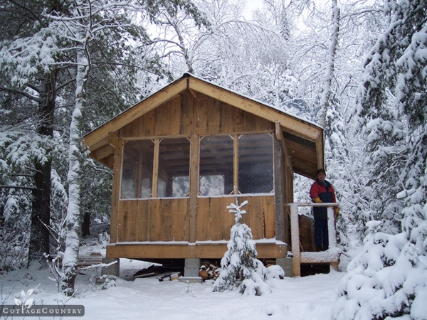 Parry Sound, ON has some of the best #snowshoeing in Ontario! #CdnGetaway #cottagecountry
