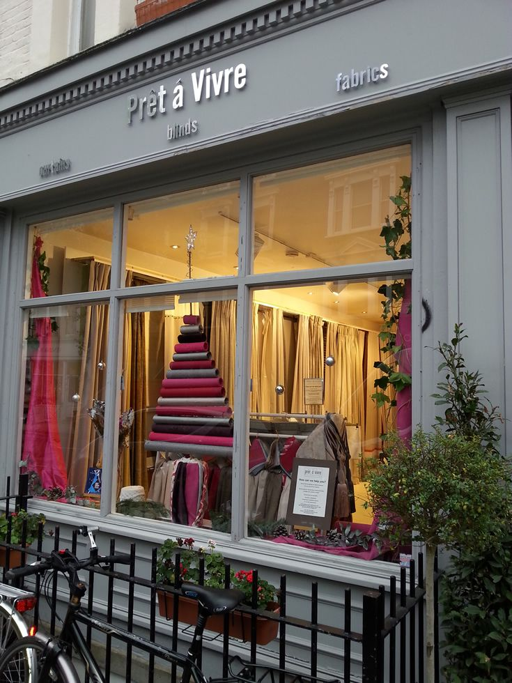 Our festive window in All Saints Road, Notting Hill - free refeshments all day Saturday 6th December http://www.pretavivre.com/news/festive-windows