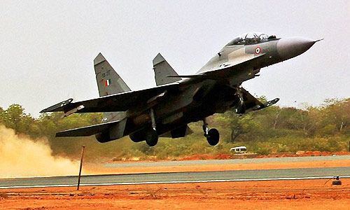 Government's Latest Plan :: Fighter Planes To Land On 22 Highways Across India