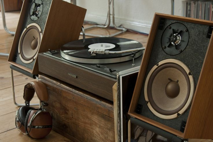 "vintage-audio: ""Sympatic wood patterns on Pioneer PL-12 Turntable and pair of Pioneer bookshelf speakers. """