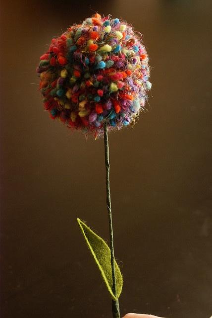 pom pom flower!