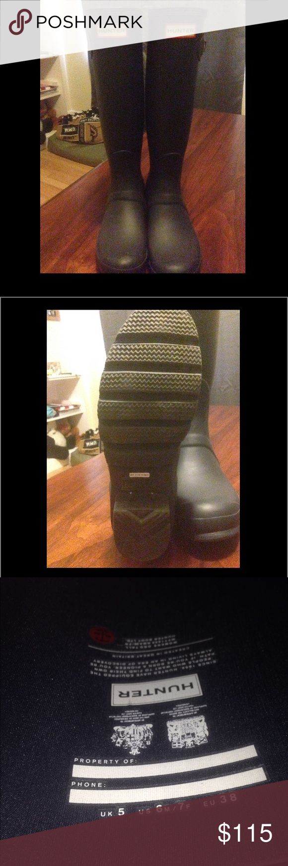 Women's Hunter Boots Women's Hunter Boots. Worn twice. NAVY BLUE Hunter Boots Shoes Winter & Rain Boots