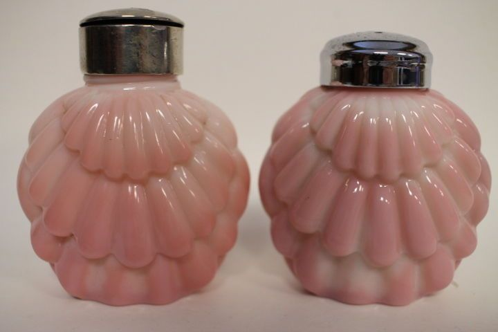 Pair Victorian Salt Shakers - Consolidated Overlapping Shell - #7 #Victorian