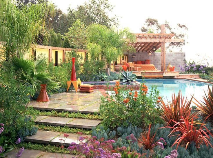 Beautiful Pool Area Landscaping: Choose The Best Plant Types