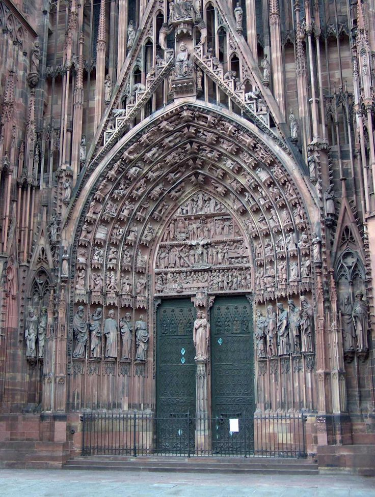 Portail de la cathédrale  - Strasbourg - France