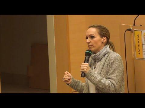 Dr. Almási Kitti: Félelmeink és gátlásaink leküzdése - OpenSky - YouTube