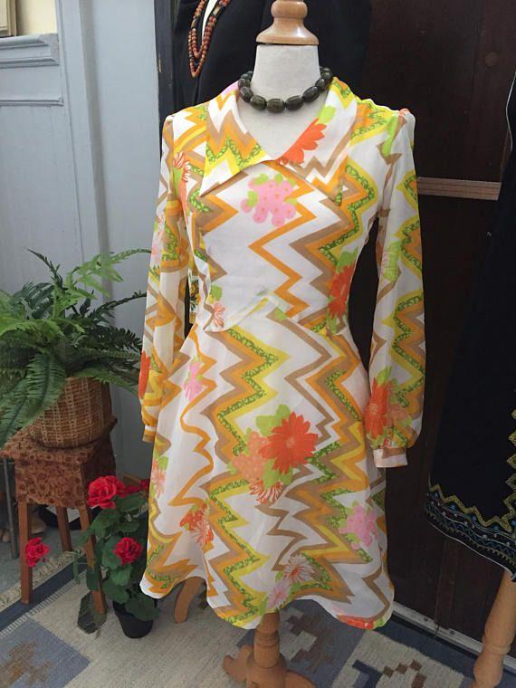 Vintage/flirty/summer/dress/1960s/US size 8