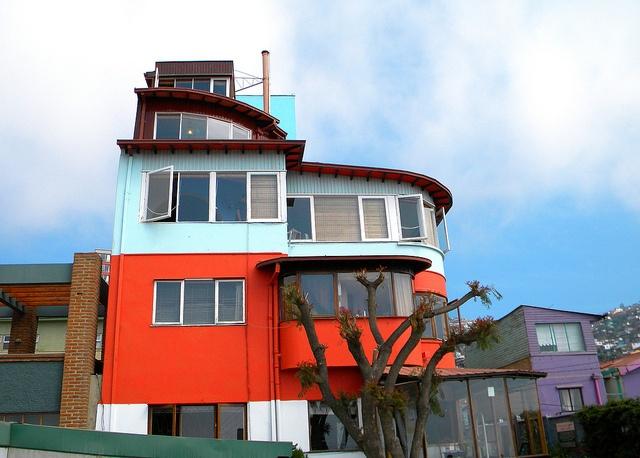 La Sebastiana, Valparaíso, Chile by EcoturChile, via Flickr