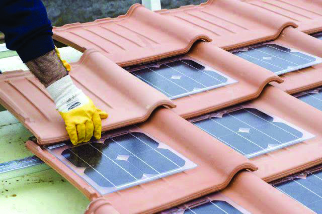 Conveniences And Drawbacks Of Solar Roof Tiles That You Need To Understand About Homes Tre Solar Water Heater Diy Solar Energy Diy Solar Roof Tiles