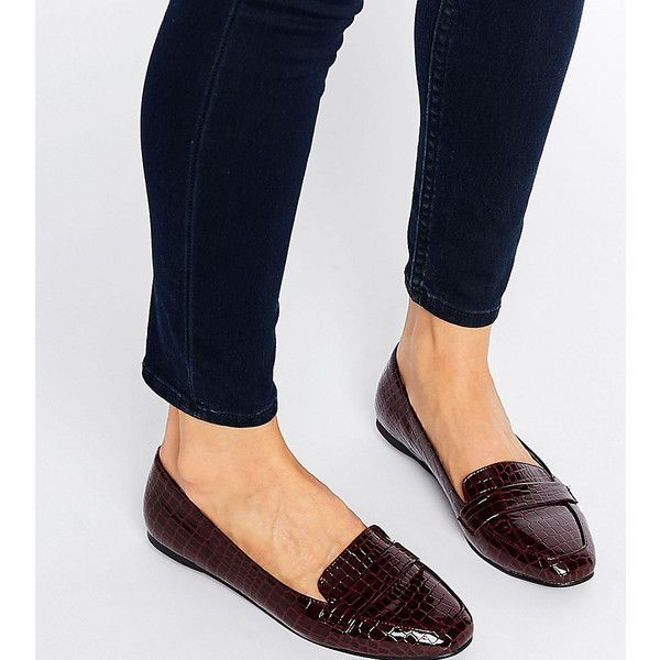 ASOS LIZZY Ballet Loafer Flats (259.395 IDR) ❤ liked on Polyvore featuring shoes, flats, red, flat prom shoes, crocs shoes, ballerina flat shoes, slip on loafers and crocs loafers