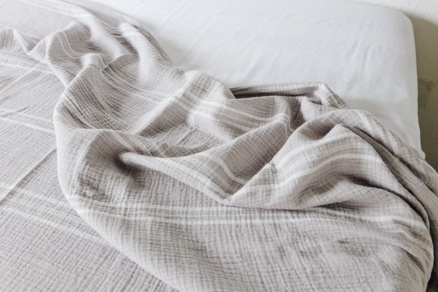The Best Blankets With Images Cooling Blanket