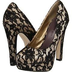 lace: Black Lace Shoes, Women Fashion, Lace Heels, Shoes Women, Black Laces, Bridesmaid Shoes, Love Lace, Madden Girls, Lace Pumps