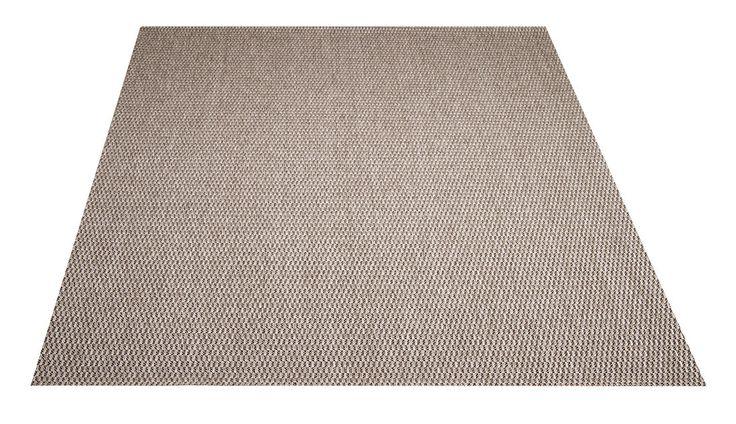 Isla-matto.  Harmaa. Helppohoitoinen kovaa kulutusta kestävä pelkistetty, punosmainen matto. Soveltuu niin sisä- kuin ulkotiloihin. Vesipestävä, pölyämätön, kevyt matto.