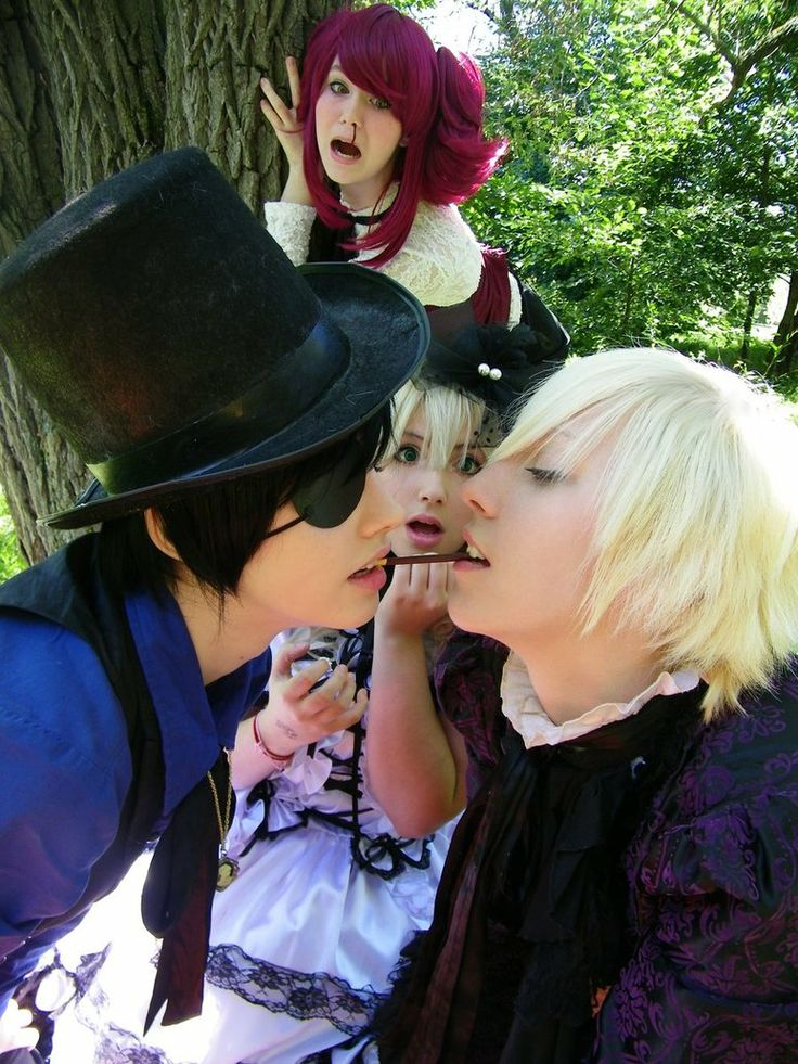 Ciel X Alois pocky game. DADDY SAYS NO!!!<< XD MAYRIN!!! Nows not the time!