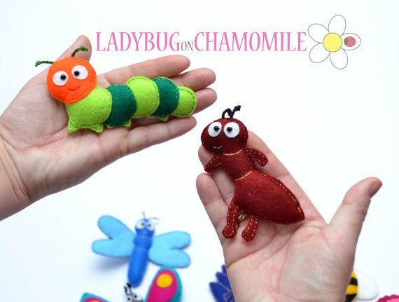 WWW.LADYBUGONCHAMOMILE.COM - plus de photos ici !  Funny feutres aimants - insectes colorés, en feutre, farcie avec polyester.  BUGS et