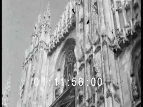 B/N Duomo Milano 1943s