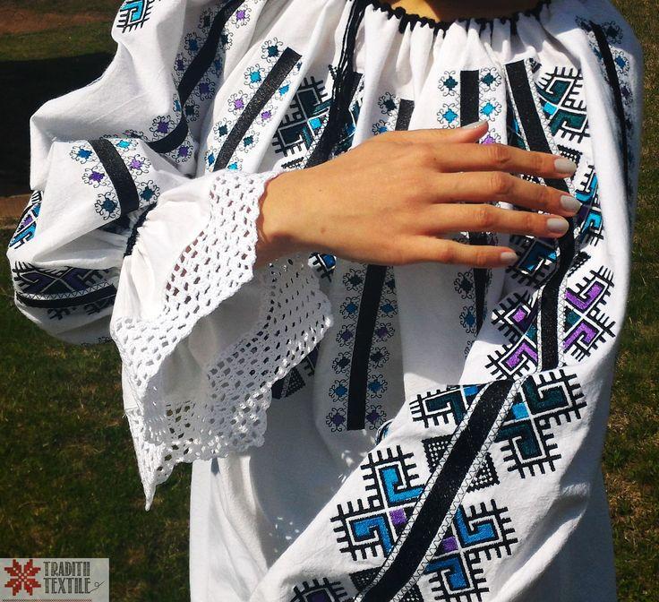 Ie cu Coarnele Berbecului - un simbol arhaic zoomorf, simbol al forței și eternului început. #traditiitextile
