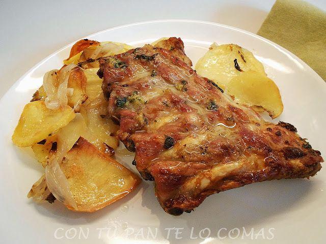 Costillar de cerdo al horno con ajo, perejil y vino blanco. Súper fácil.