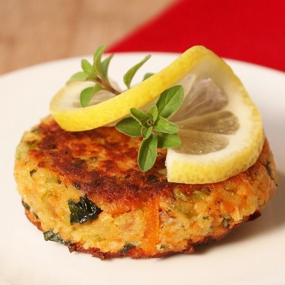Salmon Cakes....make these tonight with a few modifications, and YUM-O!!! We are definitely making these again!