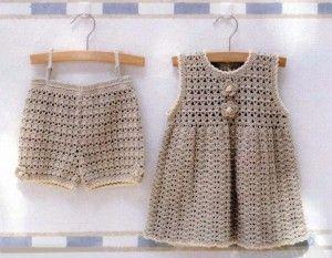 Вязаные шорты и вязаное платье для девочки + схемы