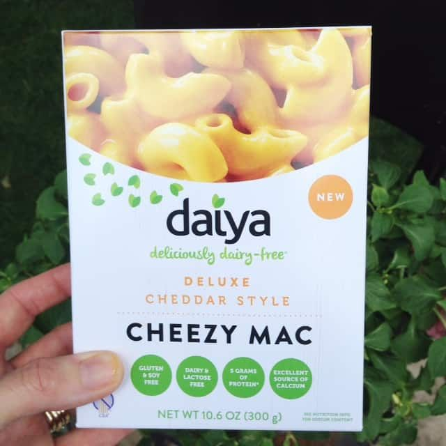 Dairy Free Mac Cheese By Daiya Video In 2020 Dairy Free Mac And Cheese Dairy Free Food Allergy Mom