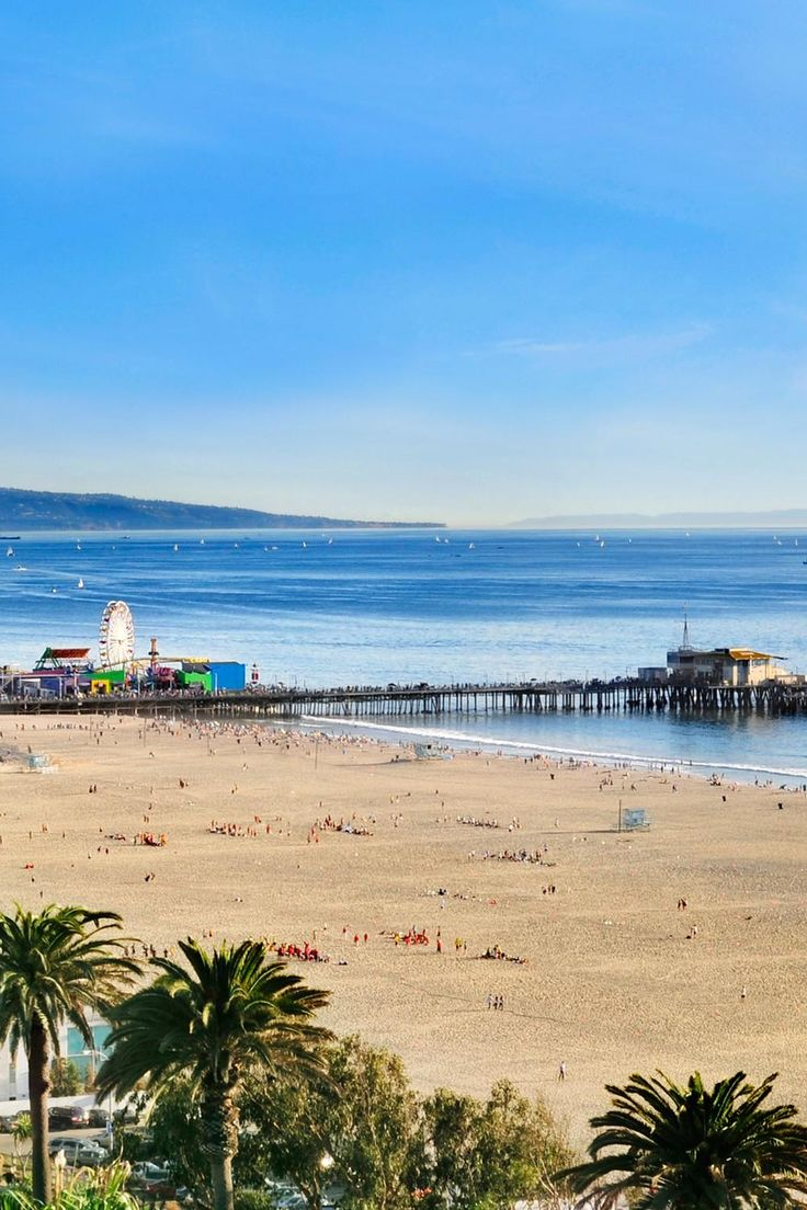 The central Santa Monica location means guests can amble across the street to the beach and boardwalk. The Fairmont Miramar Hotel & Bungalows (Santa Monica, California) - Jetsetter