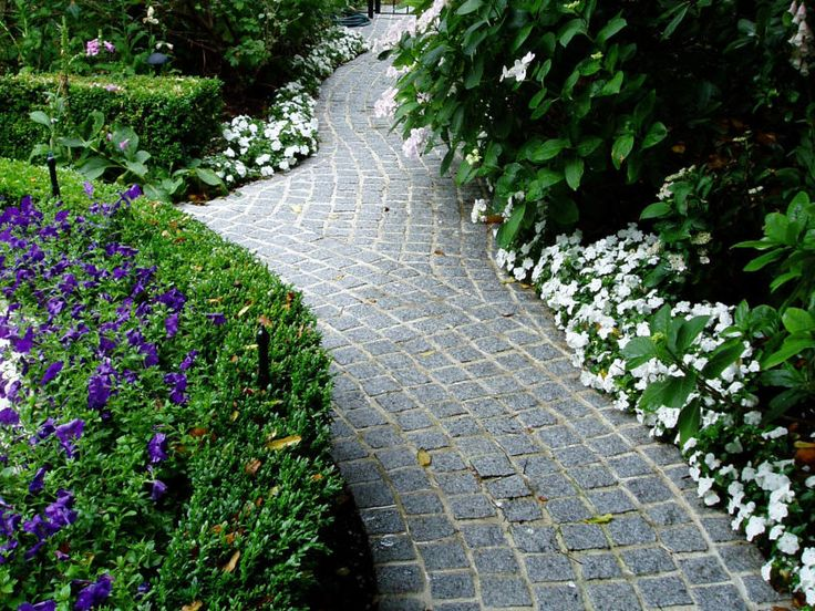 Buffalo Cobblestone Pavers Amp Flooring By Heaven Is A