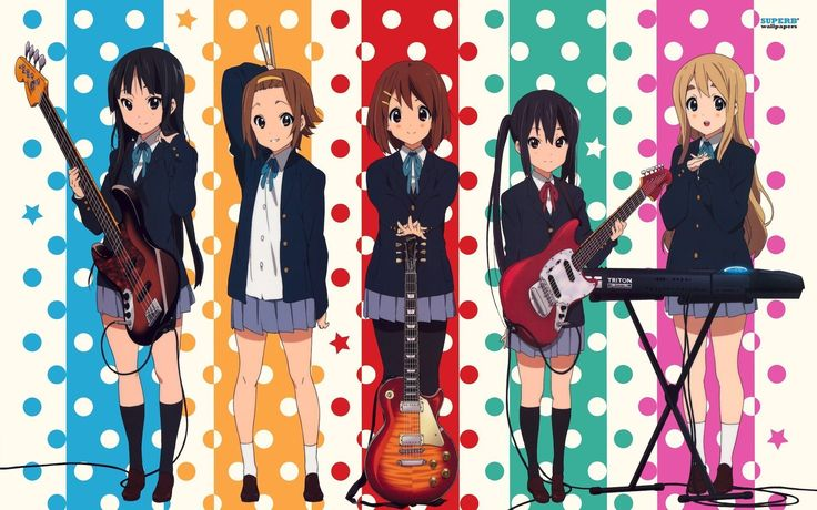 K-On Es una comedia donde la escuela y la curiosidad de Yui por universe a un club no solo le hacen aprender a tocar guitarra, sino hacer amigas y pasar grandes experiencias en el Ho-kago Tea Time! Este es su opening <https://www.youtube.com/watch?v=TIpA_B5khZc&list=PL76E6D45D5FCF10CC>