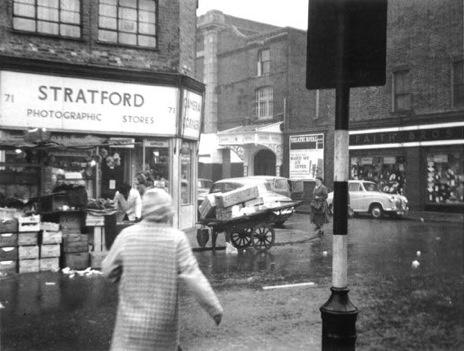 Late 1950s high street: London 1950S, Late 1950S, 1950S High