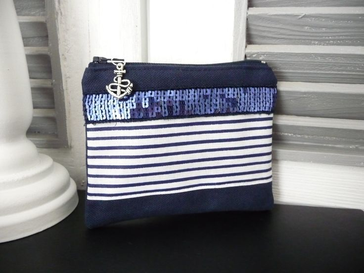 Porte monnaie en toile bleu marine et rayure,noeud,esprit marin : Porte-monnaie, portefeuilles par miss-so-chic