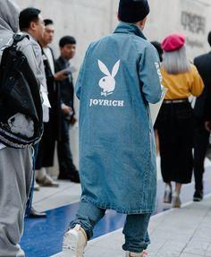 PATTERN: that long jacket | Seoul Fashion Week's Best Street Style Pics | Vogue