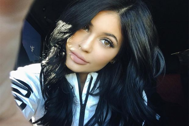 Kylie Jenner's 'Everyday' Makeup Routine Will Still Cost You Over $600