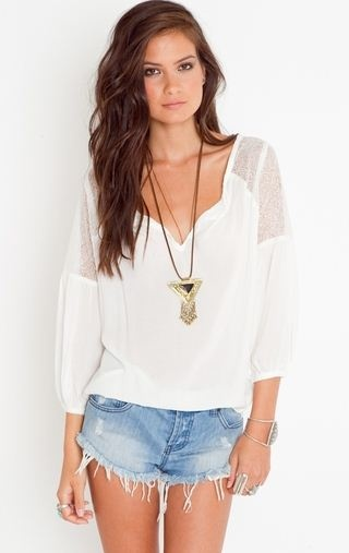 want want want!Summeroutfit, Fashion, Lace Blouses, Summer Looks, Closets, Summer Style, Clothing, Summer Outfits, Jeans Shorts