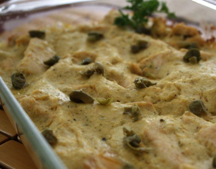Empecemos con las recetas ideales para estas festividades. Para hoy, un rico fricassé de pollo. Muy fácil de hacer y muy, muy rico: http://loquesecocinaenestacasa.com/web/new-recetas-con-un-proposito/item/329-lo-que-se-cocina-para-quedarse-con-un-buen-recuerdo-fricasse-de-pollo