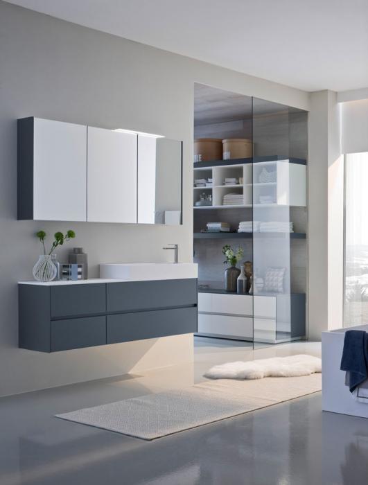 NYÙ by IDEAGROUP arredobagno riconoscibile per la pulizia dei dettagli http://www.ideagroup.it/bagno-moderno/mobili-bagno-eleganti-nyu